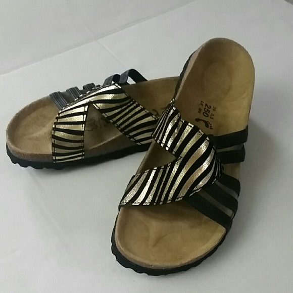 5d602e0d59d Birkenstock Shoes - Birkenstock Betula Black   Gold leather Sandals